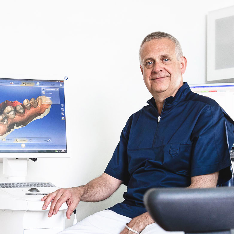 Dott. Stefano Pucci - Dentista a Firenze